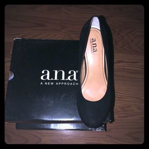 New ANA Kenny Wedges Sz 7.5 Black